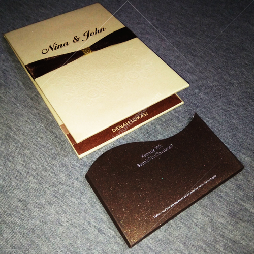 Small Hardcover Semi Amplop